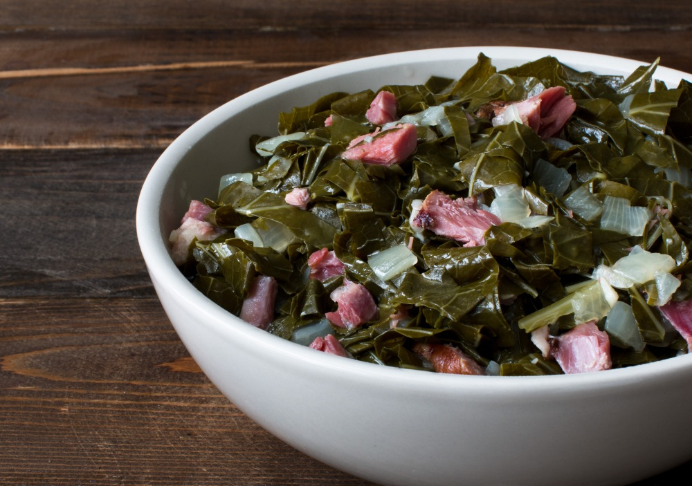 southern-style-collard-greens-with-smoked-ham-hock-0899