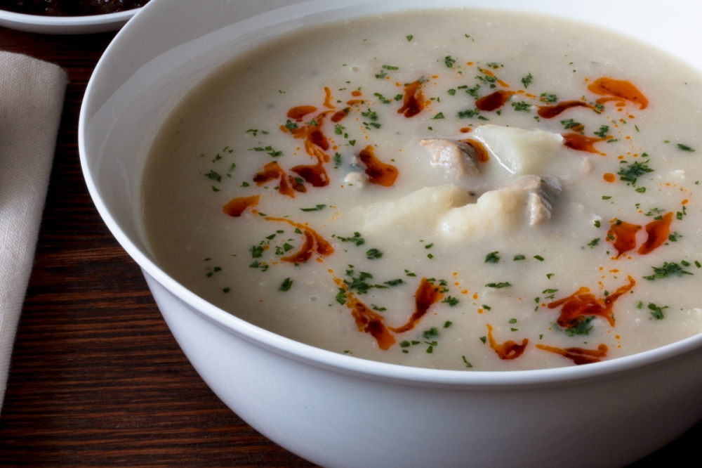 cauliflower-clam-chowder-6404-2
