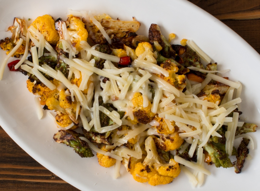 roasted-romanesco-orange-cauliflower-and-sweet-peppers-with-swiss-and-gruyere-cheese-5067-2